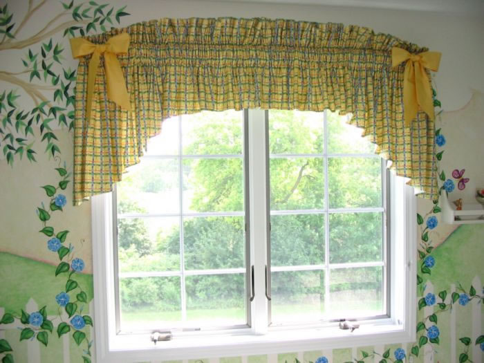 D Ry Designs Inc Valances 2010